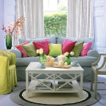 colorful-details-in-livingroom2-2.jpg