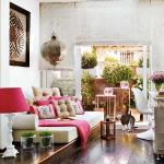 colorful-details-in-livingroom3-3.jpg