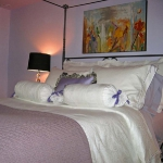 combo-frosted-purple-and-white-in-bedroom4-1.jpg
