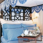 combo-blue-n-white-in-bedroom12.jpg