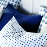 combo-blue-n-white-in-bedroom3.jpg