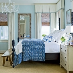 combo-blue-n-white-in-bedroom7.jpg