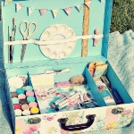 crafty-suitcase-ideas7-1.jpg