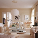 cream-and-tea-rose-shades-in-livingroom4.jpg
