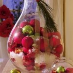 creative-decor-from-christmas-balls1-1