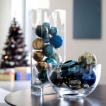 creative-decor-from-christmas-balls1-2