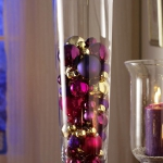 creative-decor-from-christmas-balls1-4
