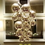 creative-decor-from-christmas-balls10-4