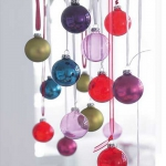 creative-decor-from-christmas-balls10-7