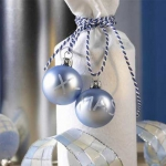 creative-decor-from-christmas-balls12-1
