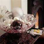 creative-decor-from-christmas-balls2-3