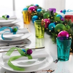 creative-decor-from-christmas-balls5-3