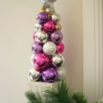 creative-decor-from-christmas-balls9-1