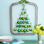 creative-decor-from-christmas-balls9-2