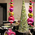creative-decor-from-christmas-balls9-3