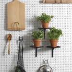 creative-organizing-things-with-pegboard2-5