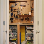 creative-organizing-things-with-pegboard3-4