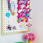 creative-organizing-things-with-pegboard5-3