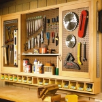 creative-organizing-things-with-pegboard8-4