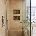 creative-storage-in-bathroom-niche4.jpg