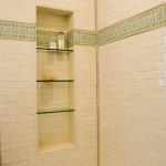 creative-storage-in-bathroom-niche6.jpg