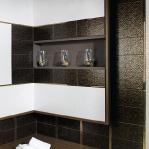 creative-storage-in-bathroom-niche14.jpg
