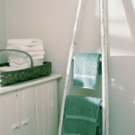 creative-storage-in-bathroom-racks6.jpg