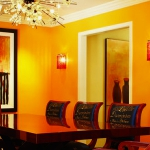decorate-diningroom-3level-bright-wall6.jpg