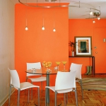 decorate-diningroom-3level-bright-wall8.jpg