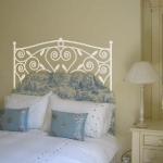 decoretto-stickers-in-bedroom1.jpg