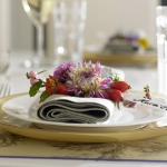 delightful-dahlias-in-table-setting1-5.jpg