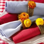 delightful-dahlias-in-table-setting1-6.jpg