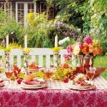 delightful-dahlias-in-table-setting2-3.jpg
