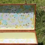 diy-crafty-suitcase1-3.jpg