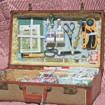 diy-crafty-suitcase1-6.jpg