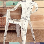 diy-decoupage-furniture-from-old-newspapers2-4
