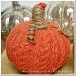 diy-easy-no-sew-pumpkin-made-of-clothes2-3
