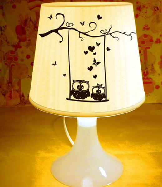 Как сделать своими руками настольную лампу из картона 2