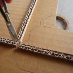 diy-photo-frame-of-carton1-5-2.jpg