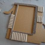 diy-photo-frame-of-carton1-7-1.jpg