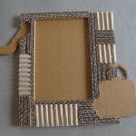 diy-photo-frame-of-carton1-7-3.jpg