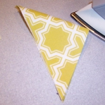 diy-pillows-unusual-shape4-10.jpg