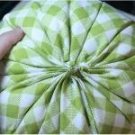 diy-pumpkin-pillow26.jpg