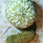 diy-pumpkin-pillow27.jpg