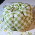 diy-pumpkin-pillow42.jpg