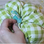 diy-pumpkin-pillow58.jpg