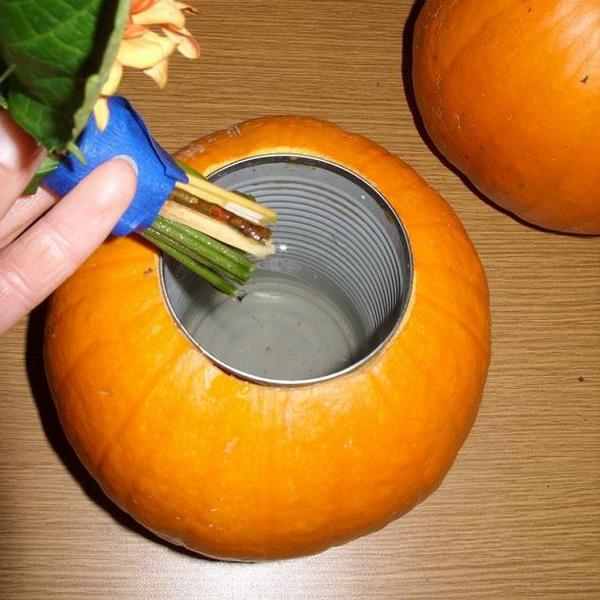 Как сделать из тыквы вазу для цветов