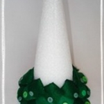 diy-tabletop-christmas-trees-from-felt3-4