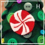 diy-tabletop-christmas-trees-from-felt3-8