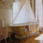 draperies-in-bathroom3.jpg